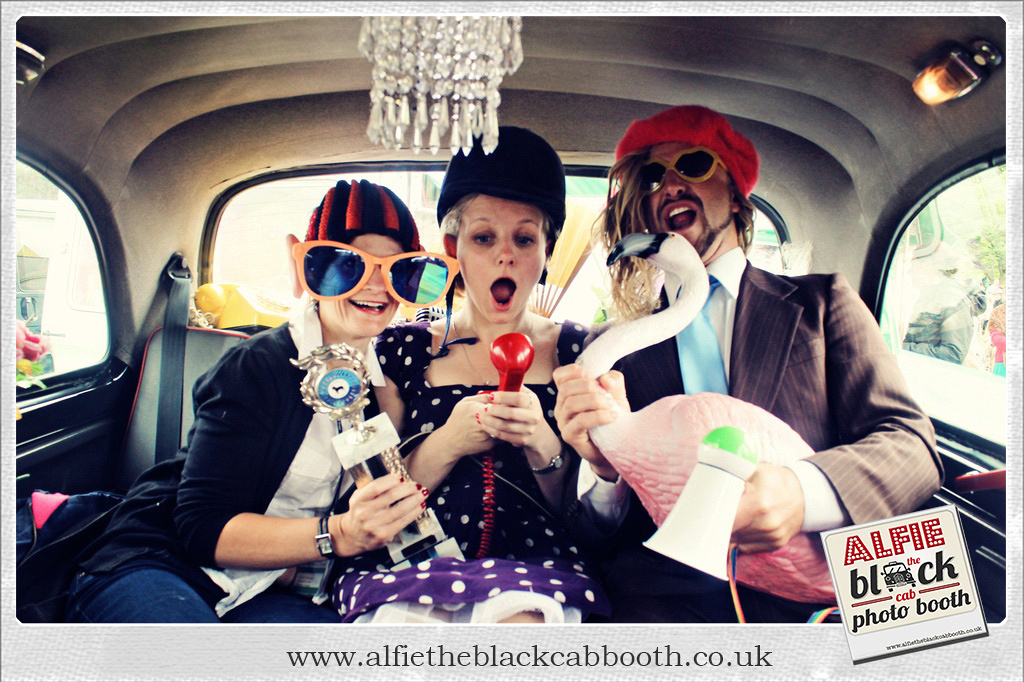 """""""Best of British"""" London Taxi Photo Booth Vintage"""